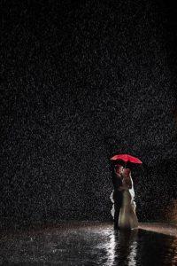 ถ่ายภาพกลางสายฝน
